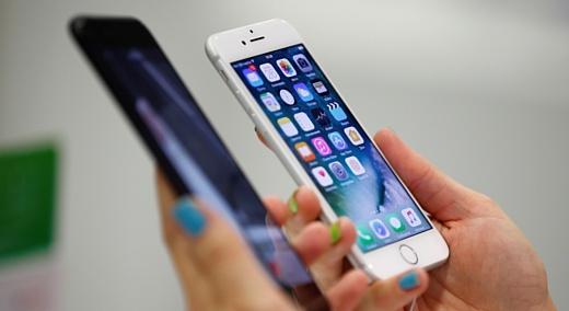 На Apple подали в суд из-за замедления iPhone