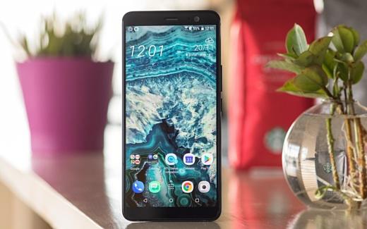 Неофициально: в январе HTC анонсирует среднебюджетную версию U11+