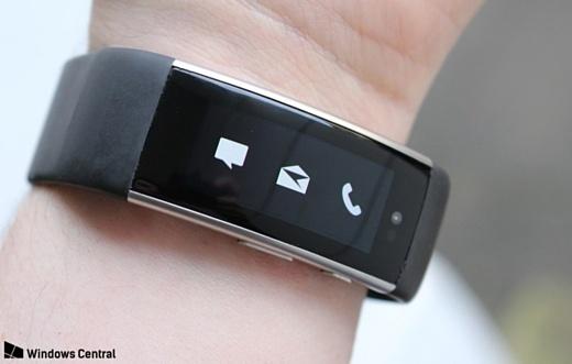 В сеть попали фотографии прототипа Microsoft Band 3