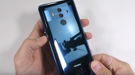 Видео: Huawei Mate 10 Pro подвергли испытанию на прочность
