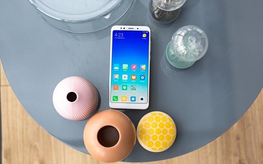 Xiaomi представила смартфоны Redmi Note 5 и Redmi Note 5 Pro