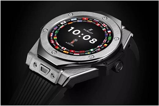Hublot выпустила умные часы Big Bang Referee