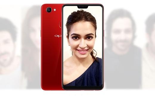 Oppo представила новый селфи-смартфон F7