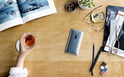 Sony представила новый флагманский смартфон Xperia XZ2 Premium