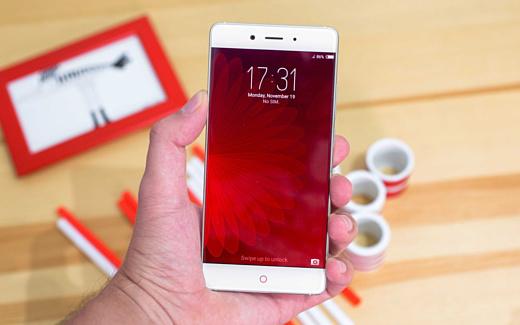 ZTE показала тизер нового «безрамочного» смартфона Nubia