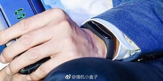 На этой неделе Xiaomi покажет новый браслет Mi Band