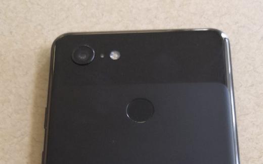 Утечка: фотографии прототипа Google Pixel 3 XL