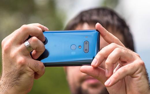 HTC все еще не может выбраться из «красной» зоны