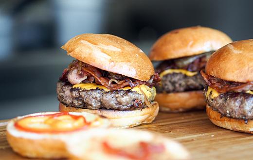 «Лабораторное мясо» может появиться в продаже в 2021