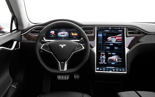 Tesla ищет игровых разработчиков