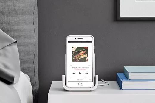 Logitech представила беспроводное ЗУ для iPhone X