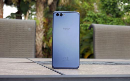 Huawei выпустит 8-гигабайтную версию Honor View 10