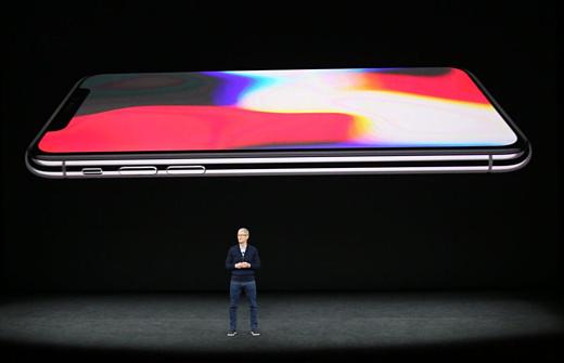 Неофициально: новые iPhone покажут 12 сентября