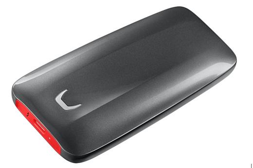 Samsung представила портативный SSD-накопитель с Thunderbolt 3