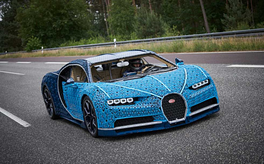 Из конструктора LEGO Technic собрали копию суперкара Bugatti Chiron