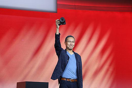 Canon провела презентацию своей новой полнокадровой «беззеркалки» EOS R