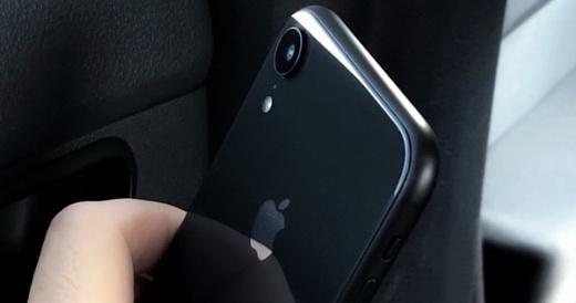 За день до анонса в сеть попало фото iPhone 9