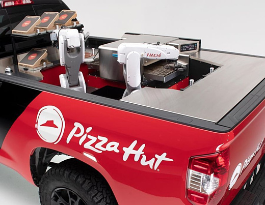 Pizza Hut и Toyota представили представили концепт водородного пикапа с робокухней