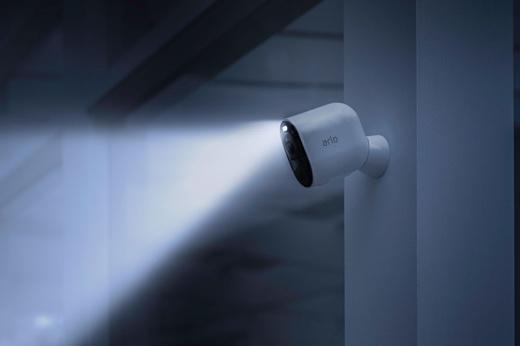 Netgear анонсировала новую камеру видеонаблюдения Arlo Ultra