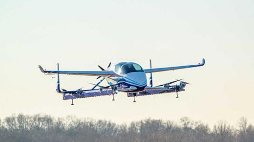 Boeing успешно провела первый полет автономного воздушного такси