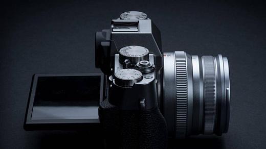 Fujifilm анонсировала компактную «беззеркалку» X-T30