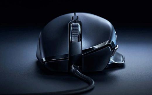 Razer представила новую игровую мышь Basilisk Essential