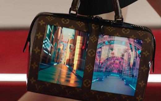 Louis Vuitton представила сумочки с OLED-дисплеями