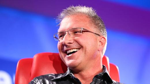 Грег Джосвяк заменит Фила Шиллера на посту главы маркетинга Apple