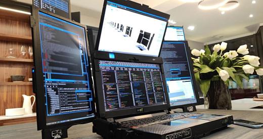 Aurora 7 — прототип ноутбука с семью экранами