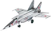 Revell 03878 Истребитель-перехватчик MiG-25 RBT