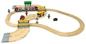 Brio Стартовый набор из 33 элементов с переездом и станцией 33209