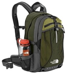 The North Face Recon 33 green