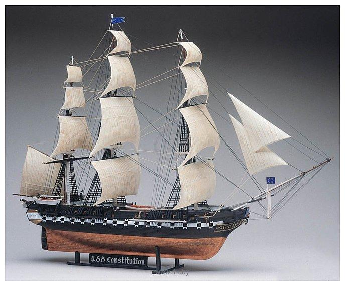Фотографии Revell USS Constitution