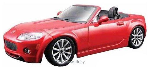 Фотографии Bburago Mazda MX5 Miata 18-25082
