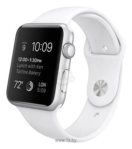 Фотографии Apple Watch Sport 42mm with Sport Band