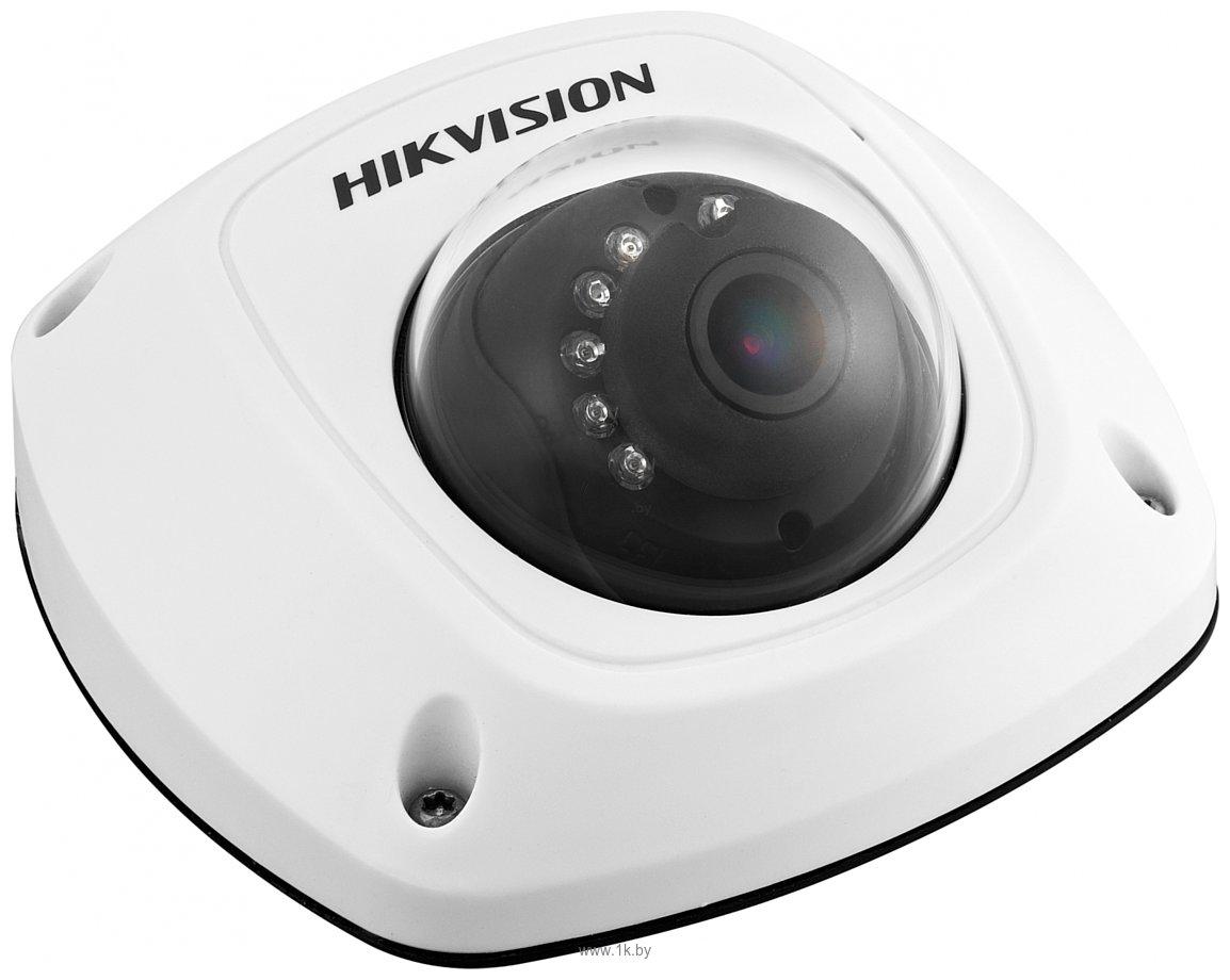 Фотографии Hikvision DS-2CD2522FWD-IS