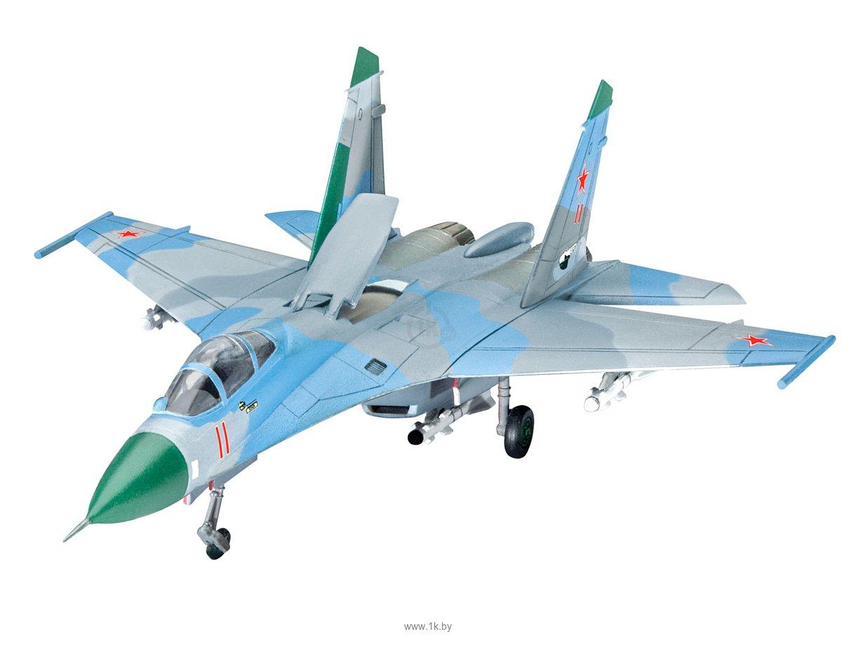 Фотографии Revell 03948 Советский истребитель Su-27 Flanker