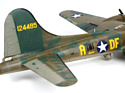 Revell 04297 Американский бомбардировщик B-17F Memphis Belle