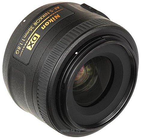 Фотографии Nikon 35mm f/1.8G AF-S DX Nikkor