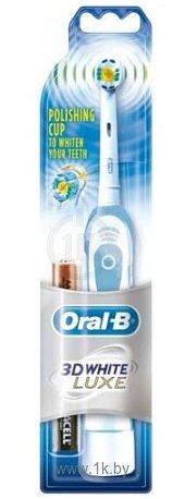 Фотографии Braun Oral-B 3D White Deluxe DB4.010