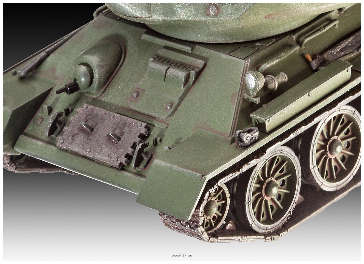 Фотографии Revell 03302 Танк T-34/85