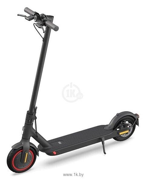 Фотографии Xiaomi Mi Electric Scooter Pro 2
