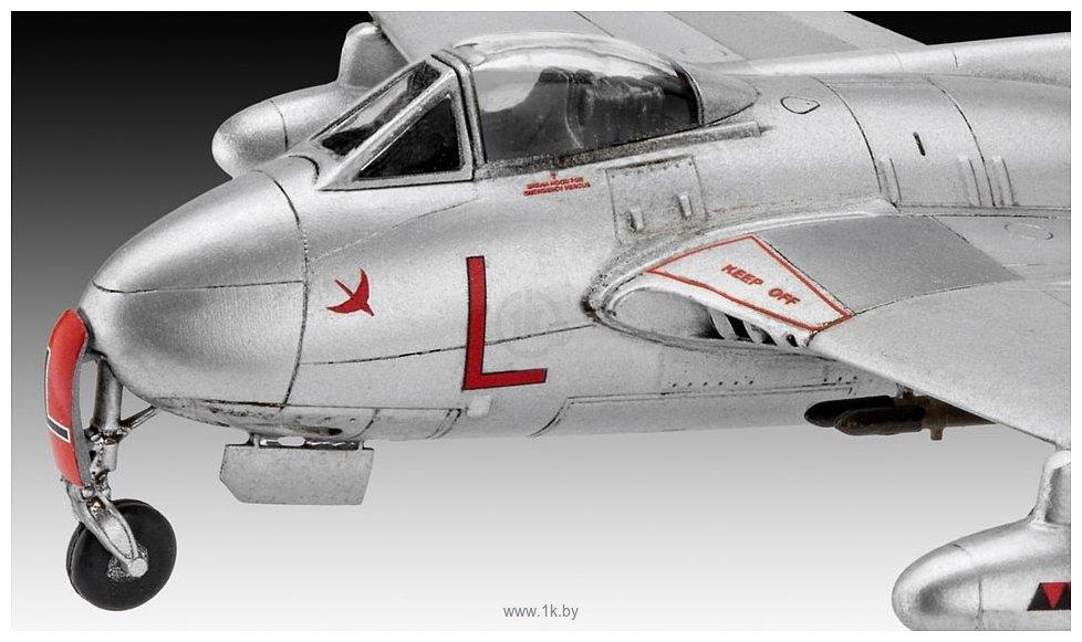 Фотографии Revell 03934 Британский истребитель Vampire F Mk.3