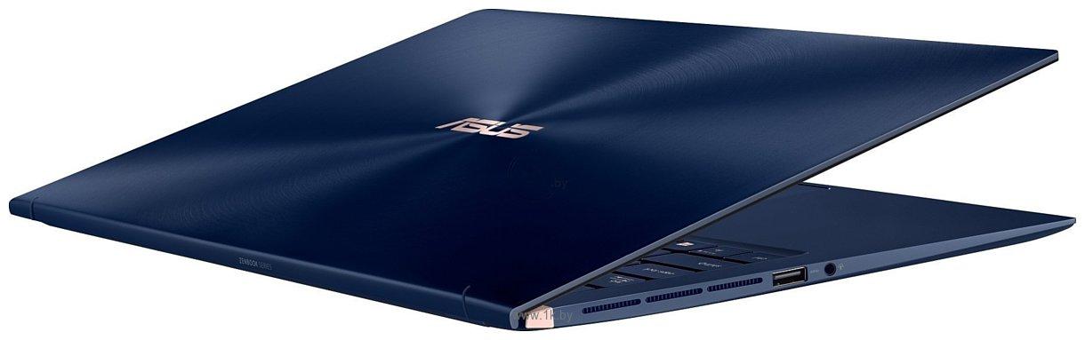 Фотографии ASUS Zenbook 15 UX533FD-A8081T