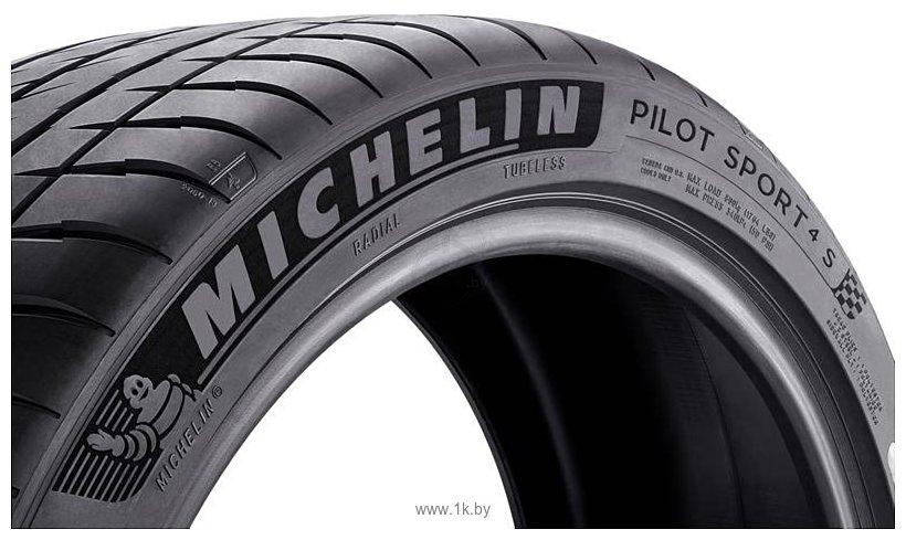 Фотографии Michelin Pilot Sport 4 S 245/30 R19 89Y