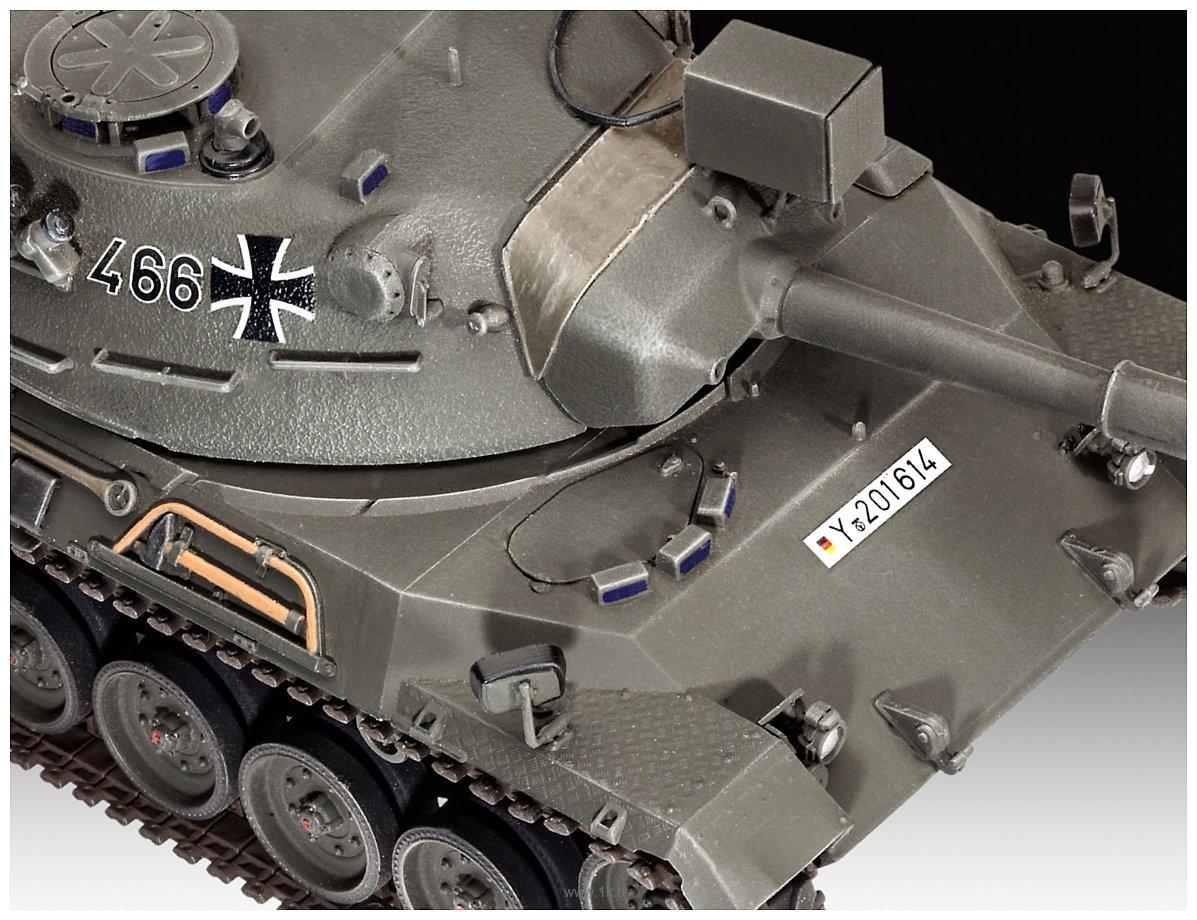 Фотографии Revell 03240 Немецкий танк Leopard 1