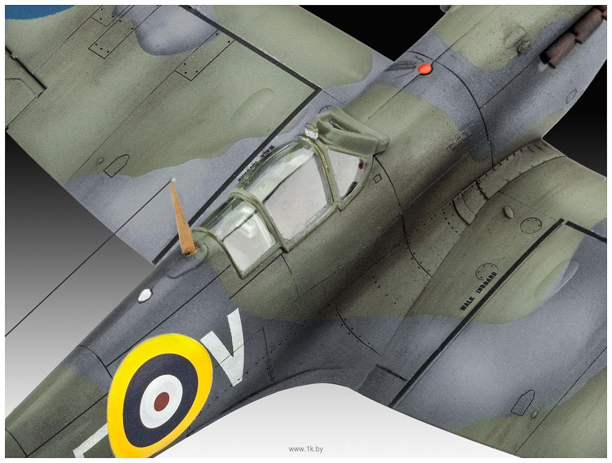 Фотографии Revell 03953 Британский истребитель Spitfire Mk.IIa