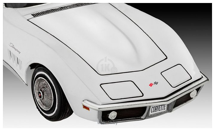 Фотографии Revell 07684 Автомобиль Corvette C3