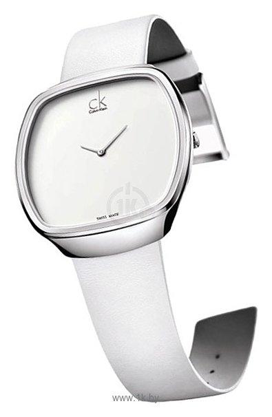 Описание: Часы Calvin Klein, белого цвета, кварцевый механизм, кожаный ремешок c классической застекой