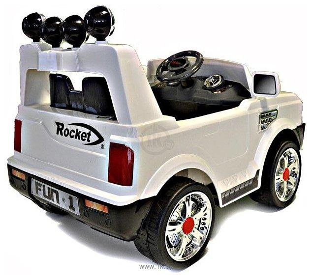 Фотографии Baby Maxi Land Rover Premium JJ012